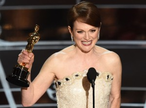 via:http://www.eonline.com/news/628452/julianne-moore-wins-best-actress-at-the-2015-oscars-pays-tribute-to-those-struggling-with-alzheimer-s-disease