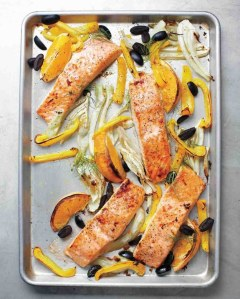 via: http://www.marthastewart.com/952616/salmon-fennel-bell-pepper-and-olives