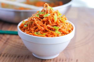 via: http://www.juliesjazz.com/spicy-peanut-carrot-noodles/